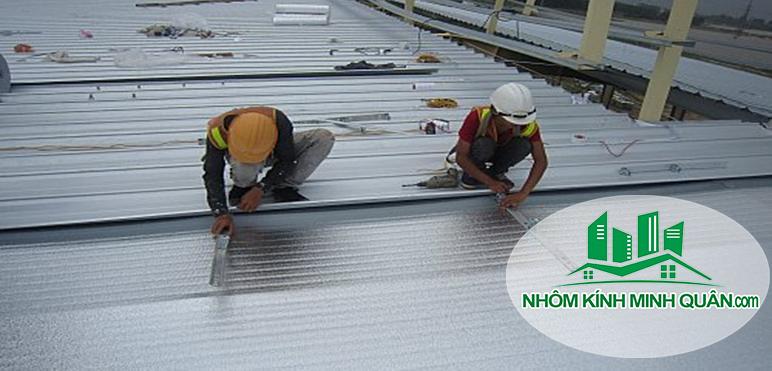 thi công mái tôn nhà xưởng tại thủ dầu mộtThi-Cong-mai-ton-nha-xuong-tai-thu-dau-mot-binh-duong